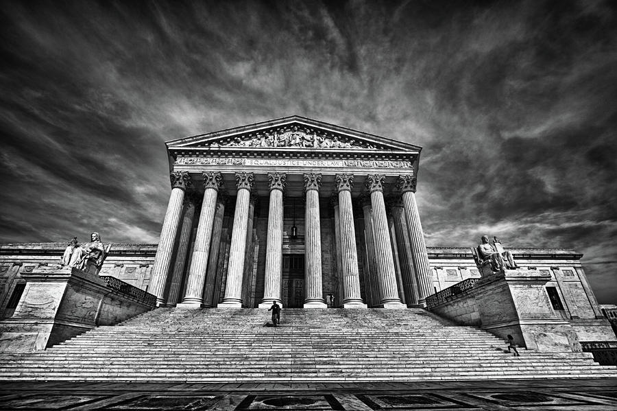 courthouse black and white
